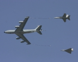 Air to Air Refuelling: C-135 (F) + F/A-18C (CH) + Mirage 2000 (F)
