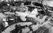 Endmontage F-5 in Emmen